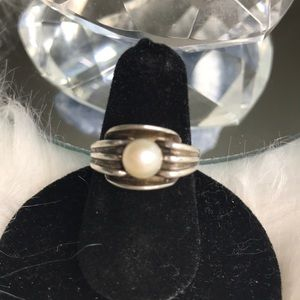 Art Deco inspired sterling silver pearl ring 5 3/4